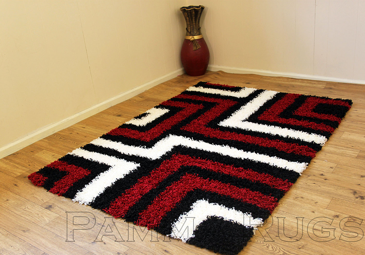 Thick 5cm Pile Black Red Ivory White